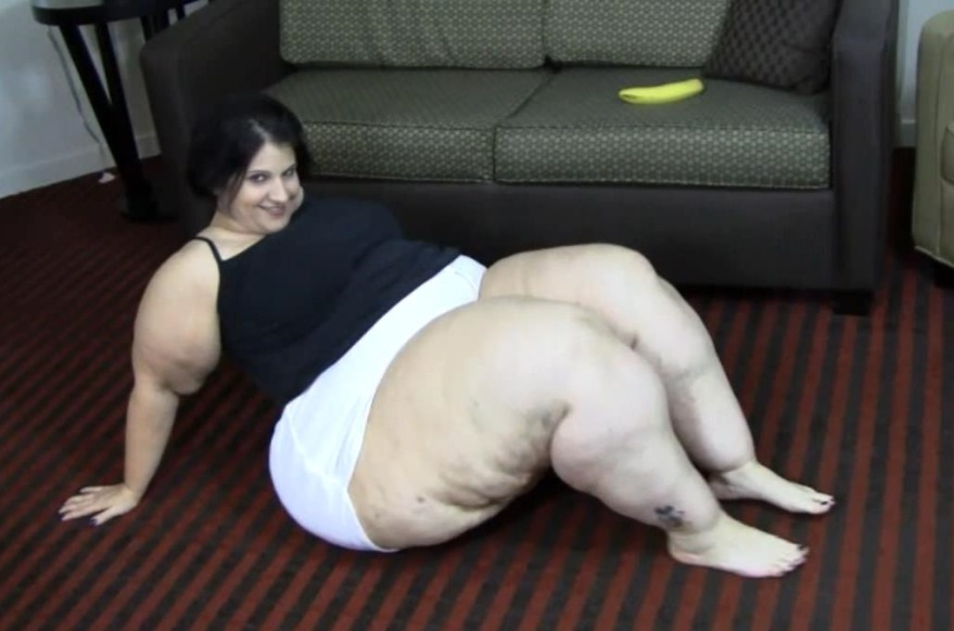 super huge booty ssbbw